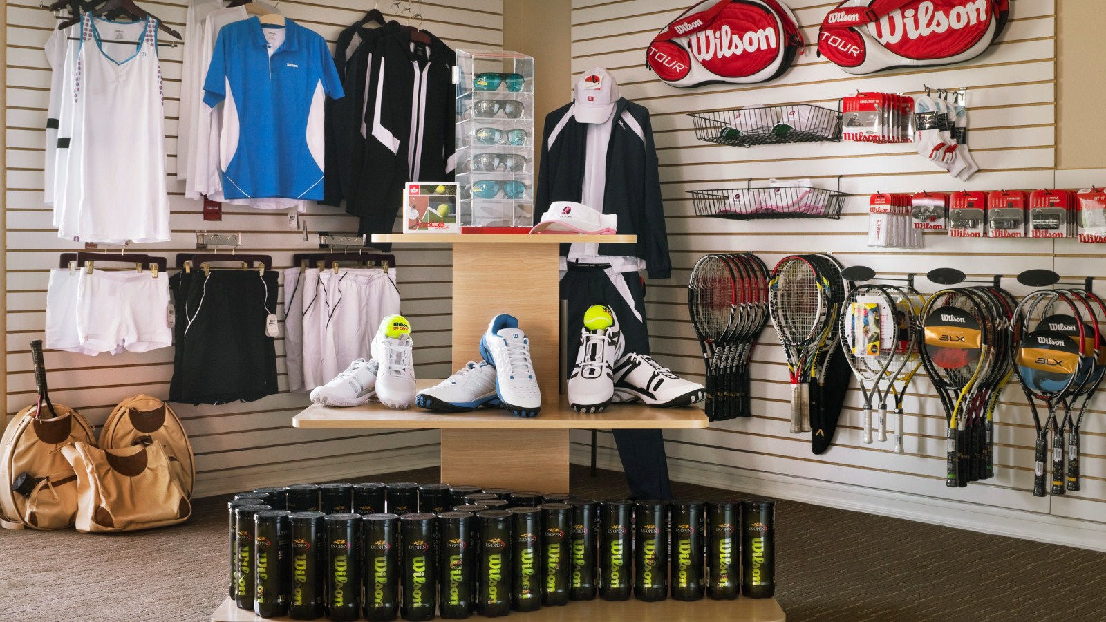Palm Springs Tennis - Tennis Pro Shop at Westin Mission Hills
