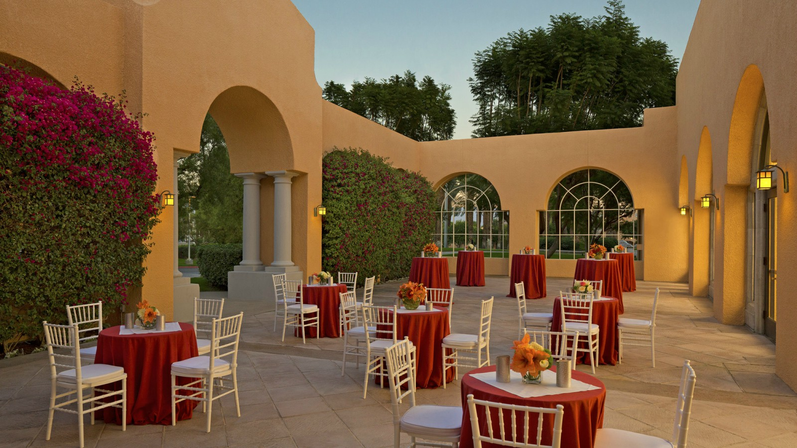 Palm Springs Meetings and Events - Celebrity Courtyard